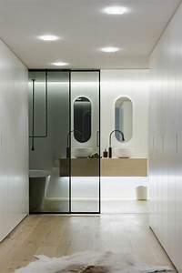 portes coulissantes pour l39interieur 48 idees inspirantes With porte de douche coulissante avec salle de bain balitrand