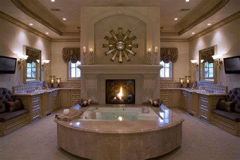 luxurious bathroom decor
