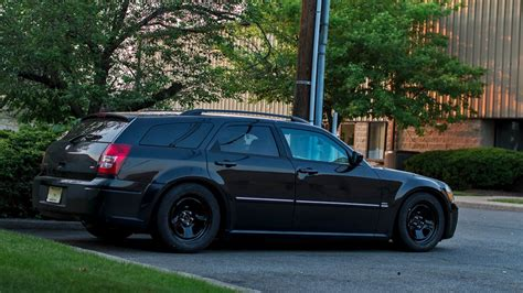 2005 Dodge Magnum Rt by Grabow S 2005 Dodge Magnum On Wheelwell