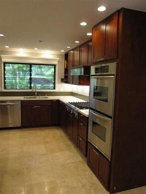 burgundy cherry cc cabinets  granite