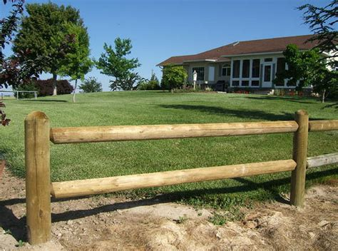 Round Rail Wood Fencing