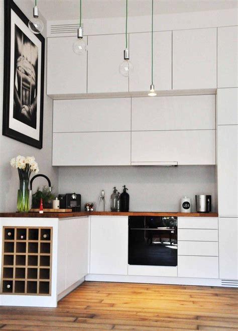 küchenunterschrank mit arbeitsplatte kleine k 252 che in matt wei 223 mit arbeitsplatte aus massivholz hausrenovierung in 2019