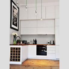 Kleine Küche In Matt Weiß Mit Arbeitsplatte Aus Massivholz