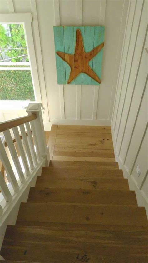 recycled wooden pallet wall art ideas  realize  summer