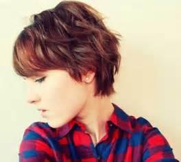 short wavy haircuts  women popular haircuts