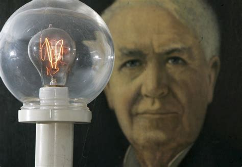 light bulb what did edison invented the light bulb