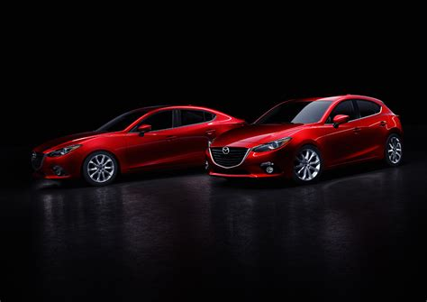 Mazda 3 / Axela Sedan Specs & Photos