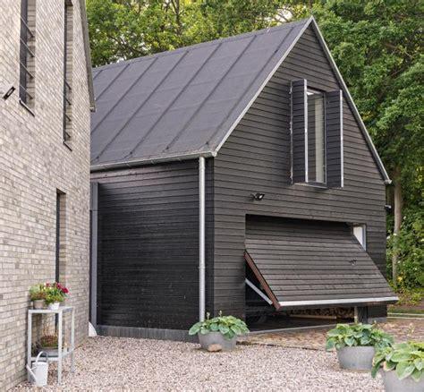 Wohnen Haus Des Jahres 2015 by Nebengeb 228 Ude Mit Schwarzer Fassade Bild 6 Sch 214 Ner Wohnen