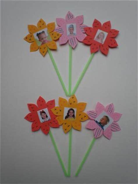 bloem maken als surprise knutselen bloemen met foto
