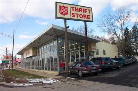 phone number for salvation army up the salvation army 10 photos thrift stores redford