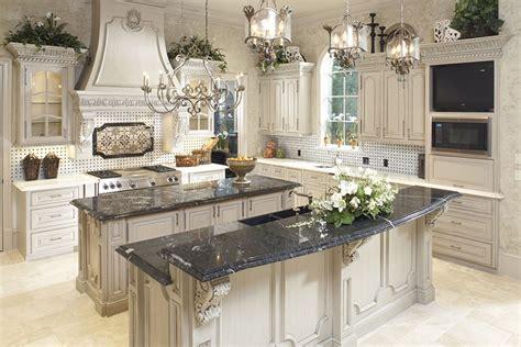 table cuisine marbre cuisine en marbre banque cuisine avec armoires en bois et