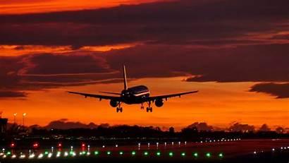 Sunset Plane Landing Aircraft Airport Flight Dalam