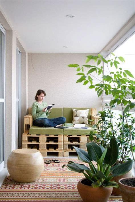 kleine bank für balkon houten paletten bank op balkon homease