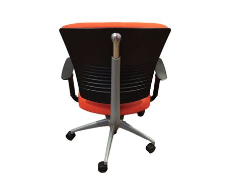 chaise bureau orange 120 chaise de bureau orange chaise de bureau chaise