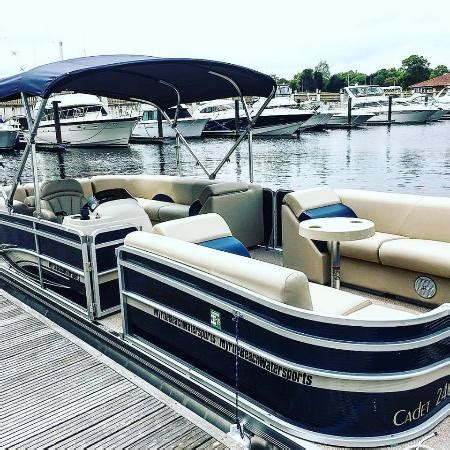 Boat Sales Myrtle Beach by 2016 Pontoon Boats Picture Of Myrtle Beach Watersports