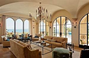 Luxurious Tuscan Style Malibu Villa by Paul Brant Williger