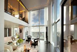 The Two Luxury Penthouses Situated 370ft Above London Sit On The Top Penthouse The Peninsula Hong Kong A Classic Example Of The Luxury Livingpursuit New York Penthouse Ultra Luxury Design A Billionaire S Penthouse In New York