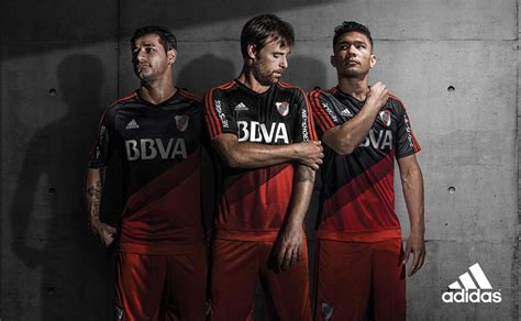 River Plate 15-16 Away Kit Released - Footy Headlines