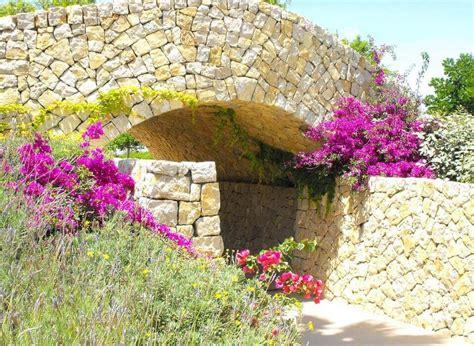 Mediterraner Garten & Trockenmauer Bauen  Bilder & Tipps