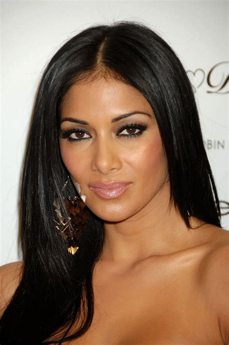 Nicole Scherzinger  Beautiful Photos  Picture Category Cute