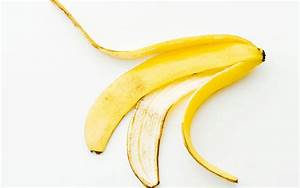 Video: The 'right' way to peel a banana - Telegraph