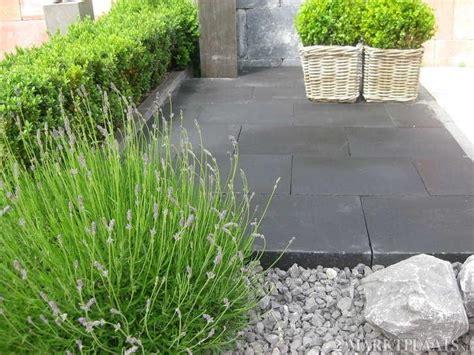 tegels marktplaats marktplaats nl gt stenen voor in de tuin tuintegels zwarte