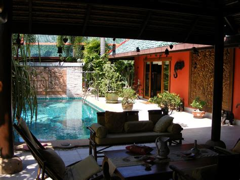 Bungalow Rentals Pattaya, Luxury Near The Sea Thailand 1