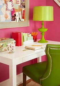 Wirkung Der Farbe Grün : die farbe gr n farbbedeutung von gr n und 30 gr ne wohnideen ~ Markanthonyermac.com Haus und Dekorationen