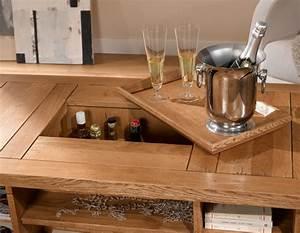 Table Basse Rustique : table basse en bois coffre ~ Teatrodelosmanantiales.com Idées de Décoration