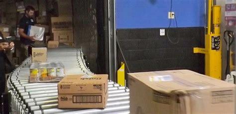 Unloader Walmart by Walmart Tests Fast Unloader In 30 Of Its Busiest