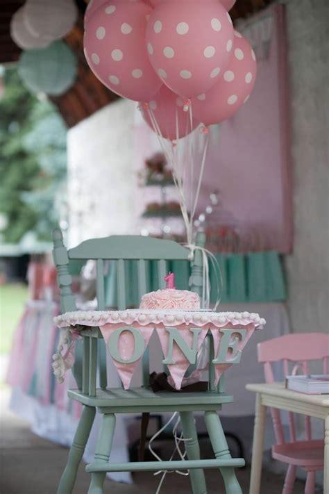 decoration anniversaire garcon 1 an les 25 meilleures id 233 es concernant f 234 tes d anniversaire 1 an sur photos d
