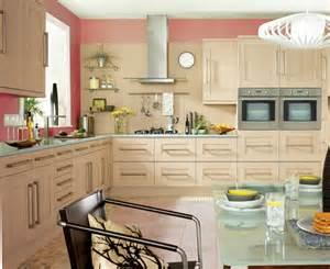 kitchen color paint ideas farbe für küche küchenwand in kontrastfarbe streichen