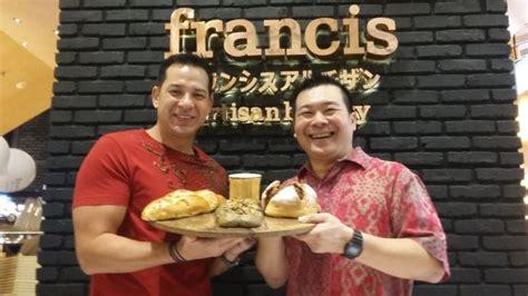 dekat  konsumen francis artisan bakery buka
