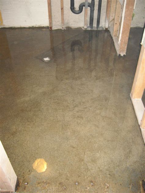 basement floor water barrier 28 best liquid moisture barrier for concrete floors concrete moisture problems the concrete
