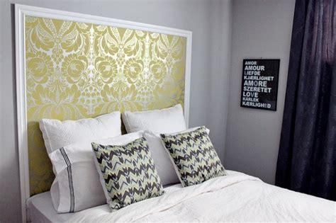 Decorating Ideas Leftover Wallpaper Border by How To Use Leftover Wallpaper Interiorholic