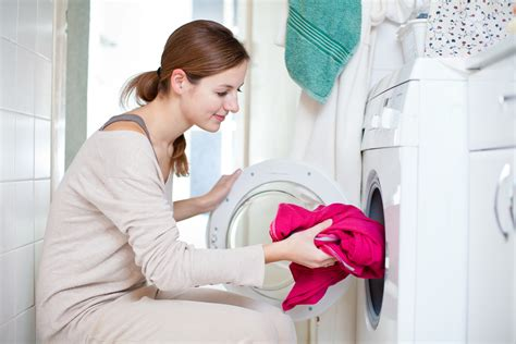 Laundry Tips For Cleaner Clothes And Lower Costs