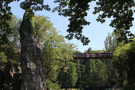 parc des buttes chaumont east