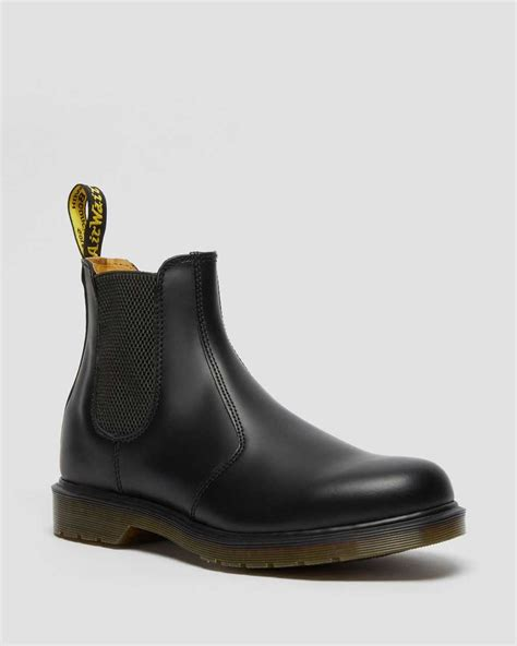 smooth chelsea boots womens chelsea boots dr martens official
