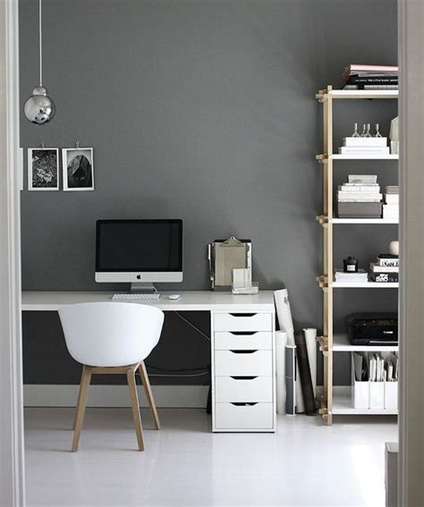 Office Desk Gray by Best 25 Grey Office Ideas On Office Room