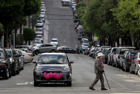 Lyft Expands Coverage Area And Hours, Changes Payment