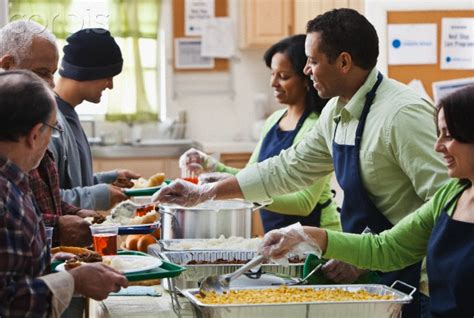 soup kitchen volunteer how to avoid an expensive new years 5 things to do