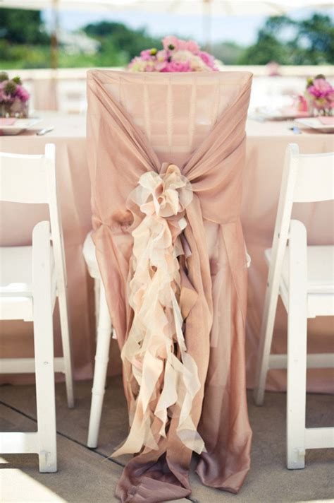 20 gorgeous ways to spruce up your wedding chairs