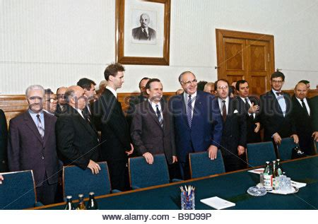 Photo Gallery Is Helmut Kohl Being Held Like German Chancellor Helmut Kohl L And Minister President