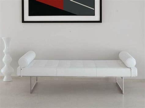 sofa reinigen hausmittel oltre 25 fantastiche idee su sofa kunstleder su kunstleder mobili di parti di
