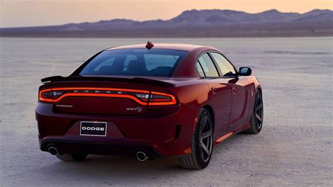 dodge charger srt hellcat ora disponibile  il pacchetto