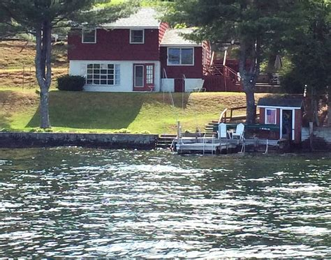 Boat Rentals At Lake Winnipesaukee by Lake Winnipesaukee Waterfront Cottage With Boat Dock
