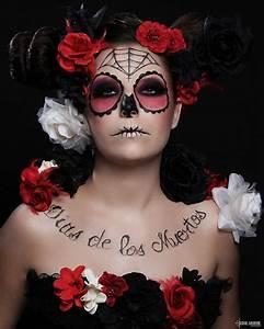 Tete De Mort Mexicaine Femme : tete de mort mexicaine maquillage recherche google ~ Melissatoandfro.com Idées de Décoration