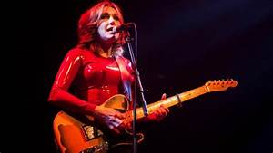 Review  To Throw Away Unopened By Viv Albertine  U2014 Life Glimpsed Through A Slit