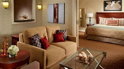 luxury suites  atlanta omni atlanta hotel  cnn center