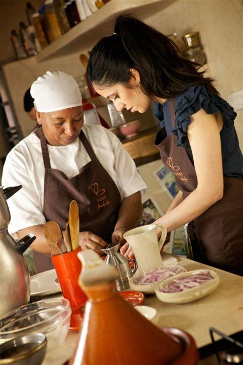 cours de cuisine marocaine l 39 atelier de cuisine madada vous fait découvrir la cuisine